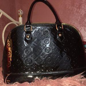 Black fashionable purse